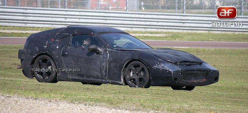Motor z Alfy Romeo pro nejmenší Ferrari: - fotka 11