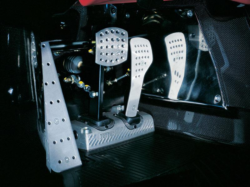 Ferrari F70: po Enzu přijde osmiválec a odtučňovací kúra: - fotka 5