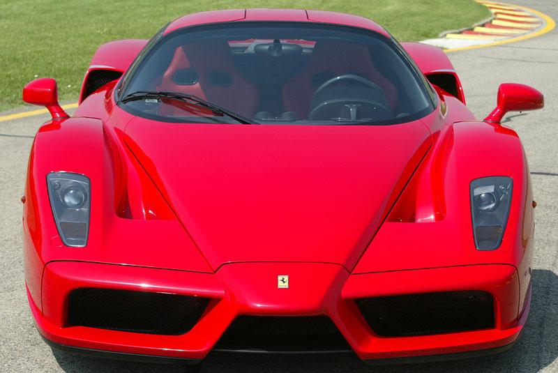 Ferrari F70: po Enzu přijde osmiválec a odtučňovací kúra: - fotka 7
