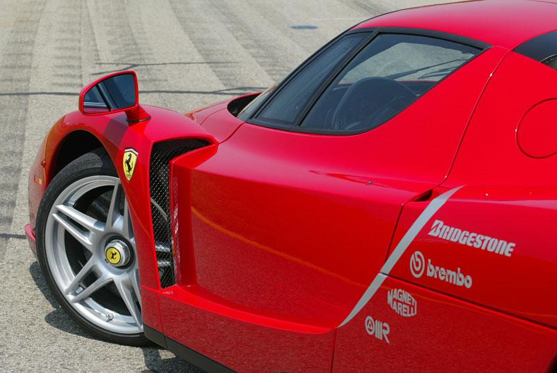 Ferrari F70: po Enzu přijde osmiválec a odtučňovací kúra: - fotka 27