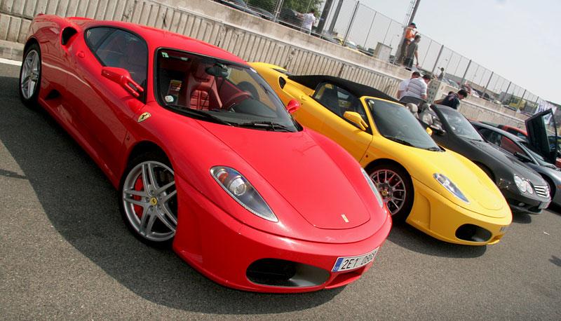 Klub sportovních aut pokřtil asfalt Automotodromu Brno: - fotka 35
