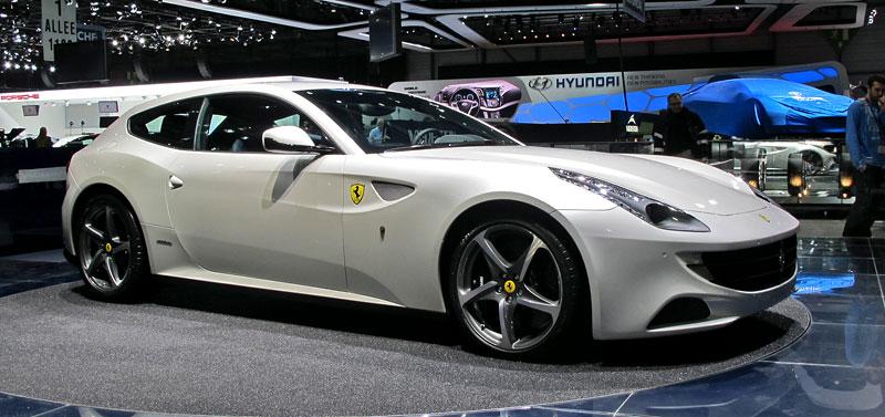 Ženeva 2011 živě: Ferrari FF - žába nebo princ?: - fotka 5