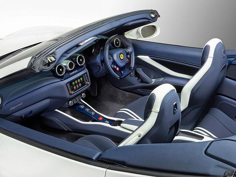 Ferrari California T Tailor Made: Ladičů netřeba: - fotka 1