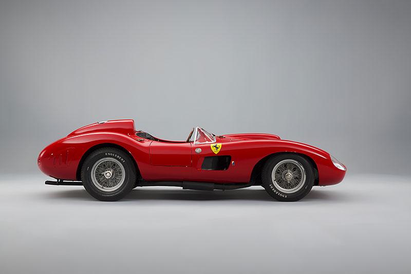 Ferrari 335 S: Mistr světa za tři čtvrtě miliardy korun: - fotka 6