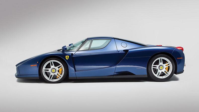 Líbila by se vám V12 z Ferrari Enzo do vašeho projektu? Jedna je na prodej, budete ale potřebovat spoustu peněz: - fotka 8