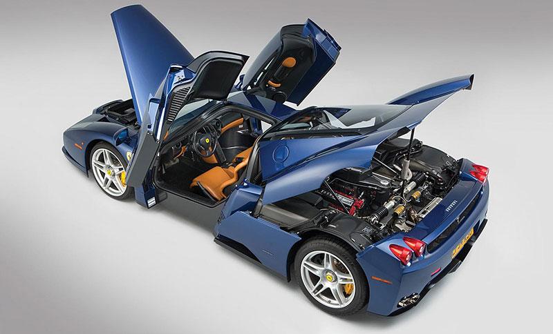 Líbila by se vám V12 z Ferrari Enzo do vašeho projektu? Jedna je na prodej, budete ale potřebovat spoustu peněz: - fotka 11