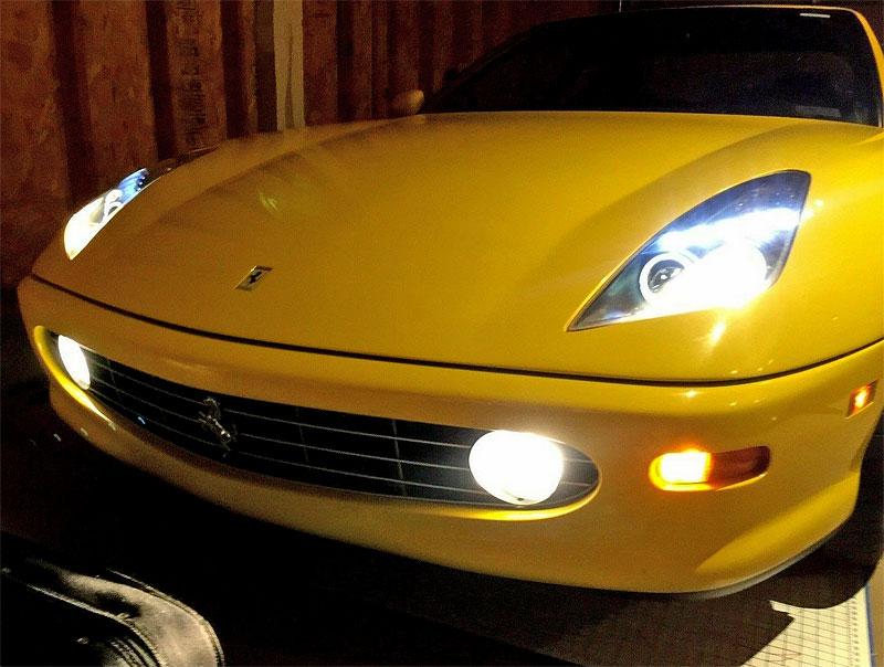 Podivná výměna. Majitel vyndal z Ferrari V12 a nainstaloval motor od Toyoty. Proč?: - fotka 19