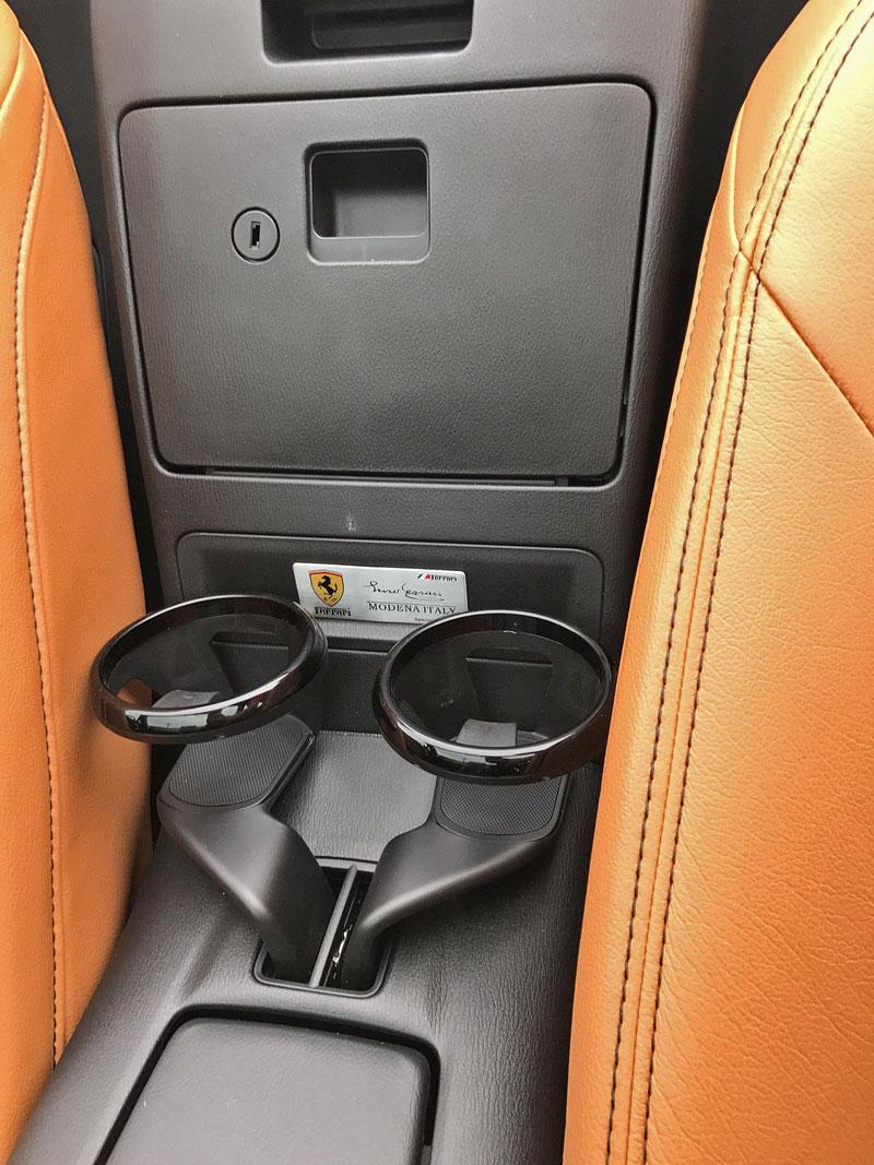Ferrari 124 Spyder: Na prodej za 290 tisíc korun: - fotka 1