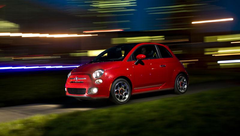 Fiat 500 Sport: rychlá pětistovka pro USA: - fotka 7