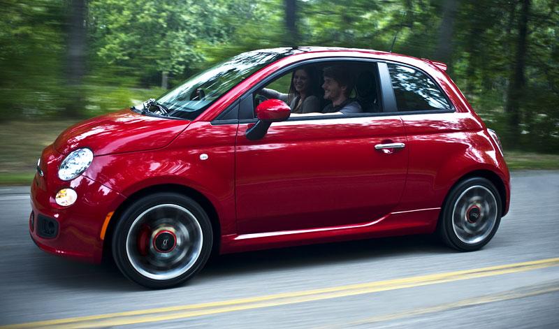 Fiat 500 Sport: rychlá pětistovka pro USA: - fotka 8