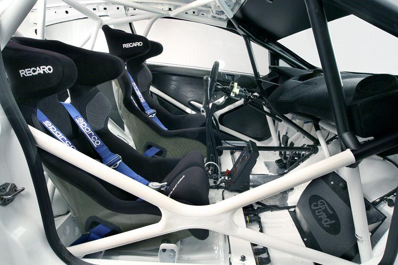 Paříž 2010: Ford Fiesta RS WRC – je pomalu čas udělat focusu pápá: - fotka 11