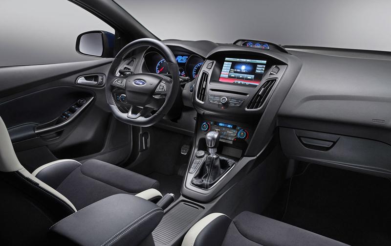Svezli jsme se v novém Fordu Focus RS. Rozhodně je na co se těšit!: - fotka 3