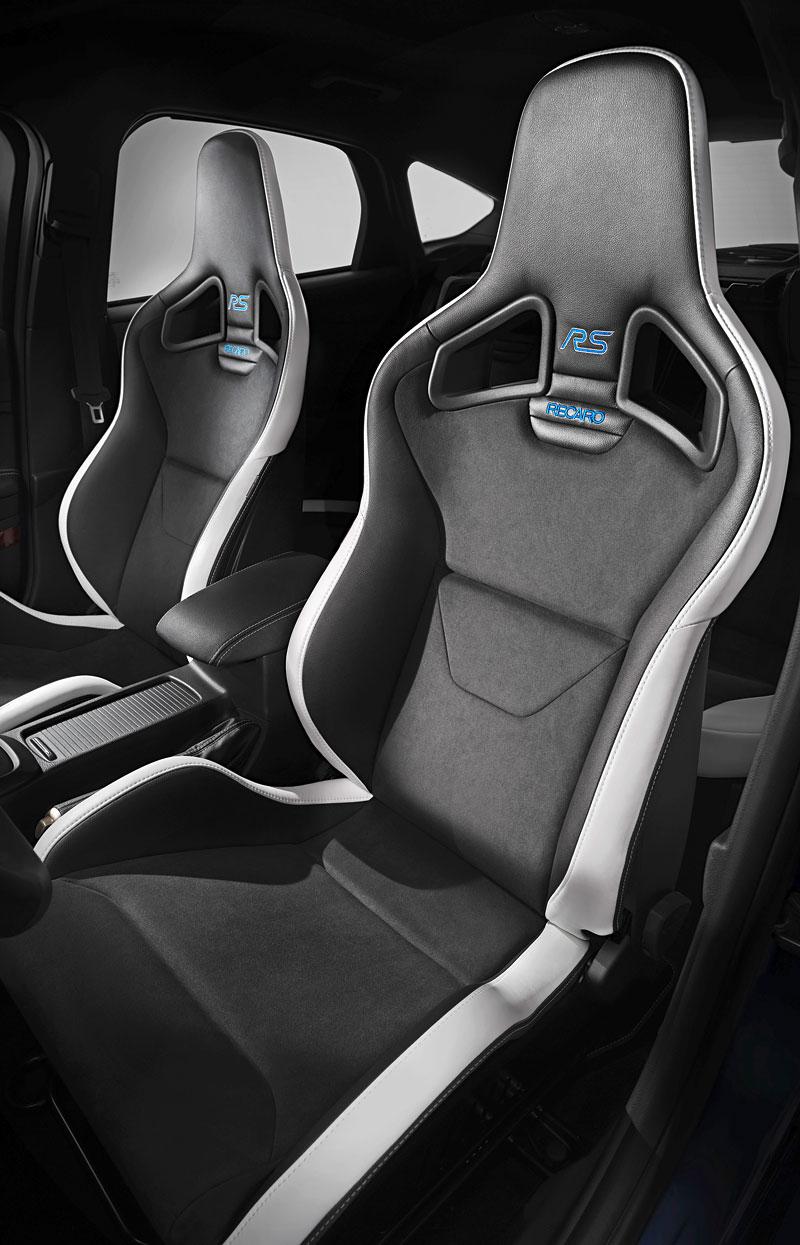 Svezli jsme se v novém Fordu Focus RS. Rozhodně je na co se těšit!: - fotka 5