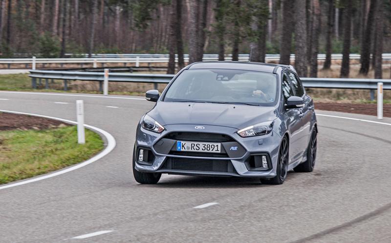 Svezli jsme se v novém Fordu Focus RS. Rozhodně je na co se těšit!: - fotka 7