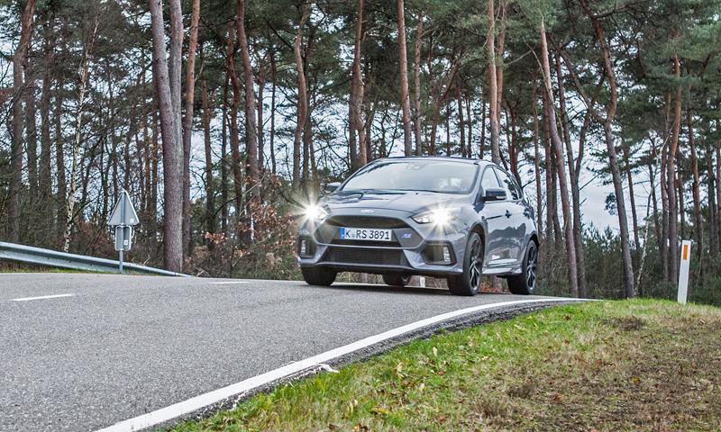 Svezli jsme se v novém Fordu Focus RS. Rozhodně je na co se těšit!: - fotka 26