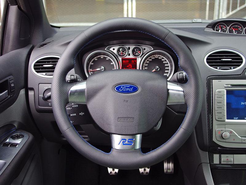 Ford Focus RS – namydlenej blesk: - fotka 2