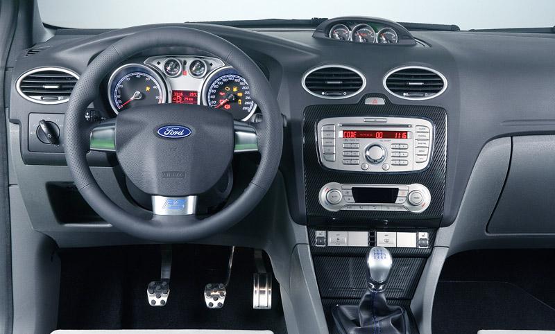 Ford Focus RS - Britové už