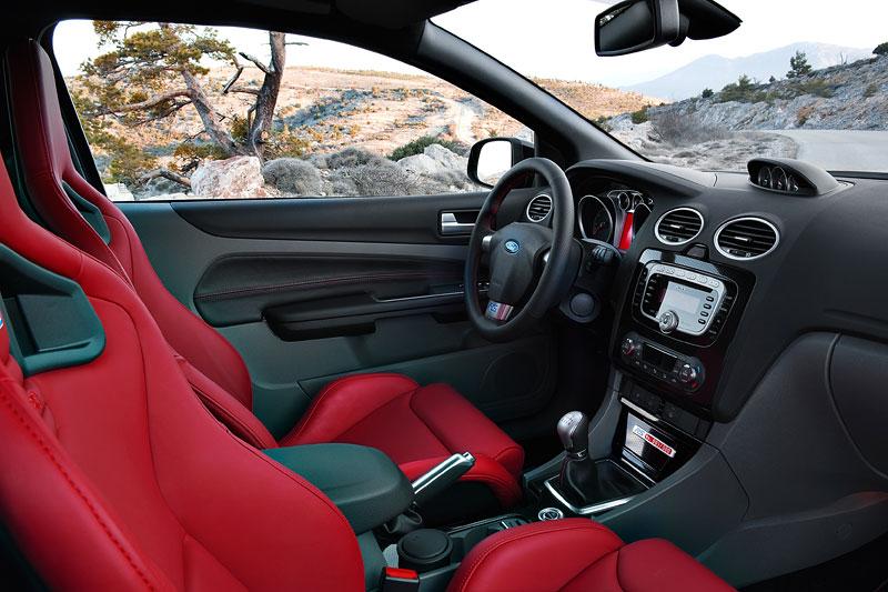 Ford Focus RS500: První vyrobený vůz míří do muzea: - fotka 1