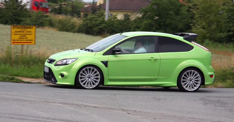 Ford Focus RS – namydlenej blesk: - fotka 35