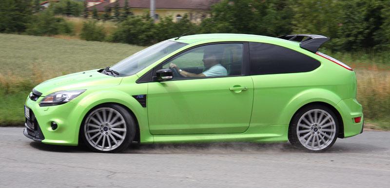 Ford Focus RS – namydlenej blesk: - fotka 37