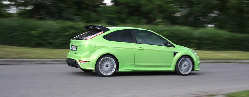 Ford Focus RS – namydlenej blesk: - fotka 46