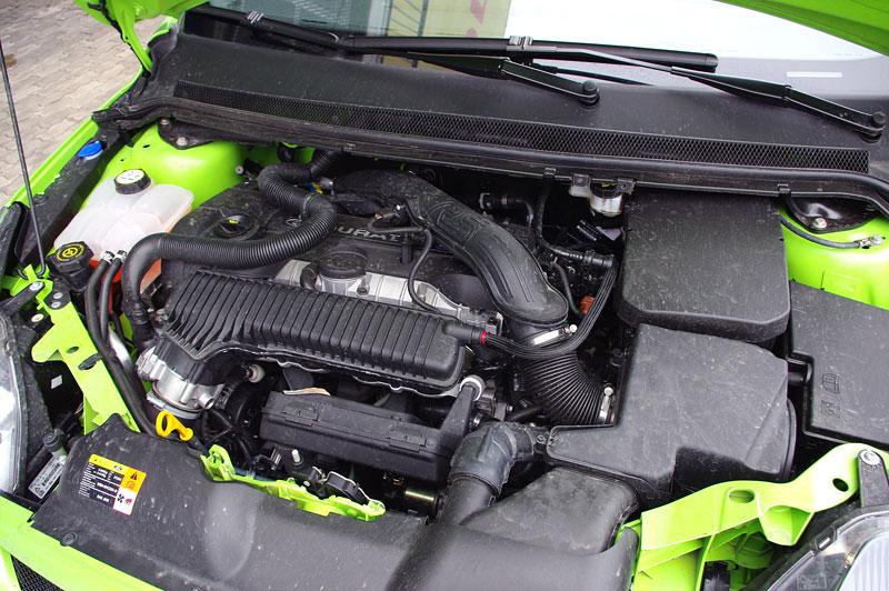 Ford Focus RS – namydlenej blesk: - fotka 53
