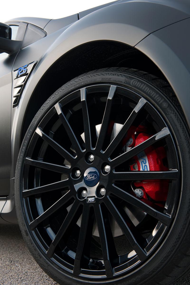 Ford Focus RS500: První vyrobený vůz míří do muzea: - fotka 22