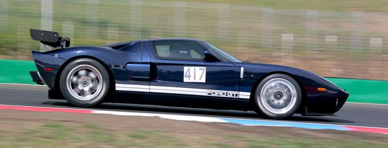 Klub sportovních aut pokřtil asfalt Automotodromu Brno: - fotka 44