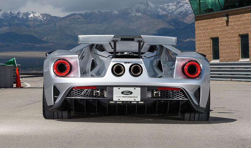 Tohle jsou nová auta s nejzajímavějšími křídly: - fotka 9