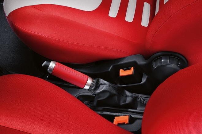 Ford Ka Grand Prix: další samolepkový sportovec: - fotka 3