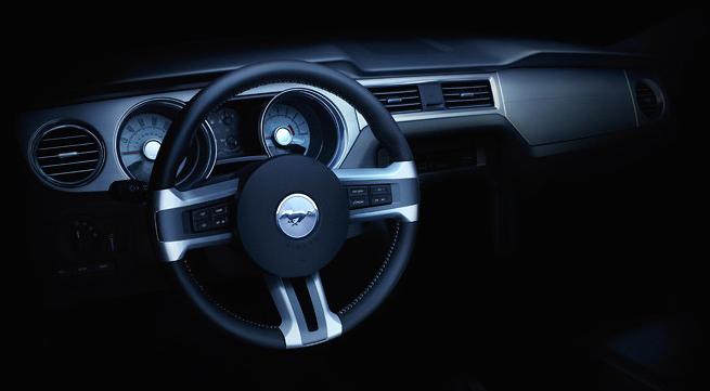 Ford Mustang 2010 - ještě vás to postupné odhalování baví?: - fotka 2