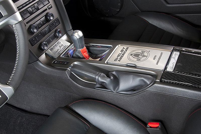 Shelby 350GT Mustang: finální specifikace pro rok 2011: - fotka 3
