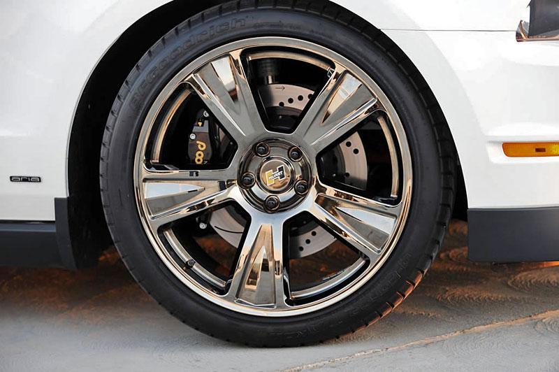 Ford Mustang po zásahu Hurst Performance Vehicles: - fotka 31