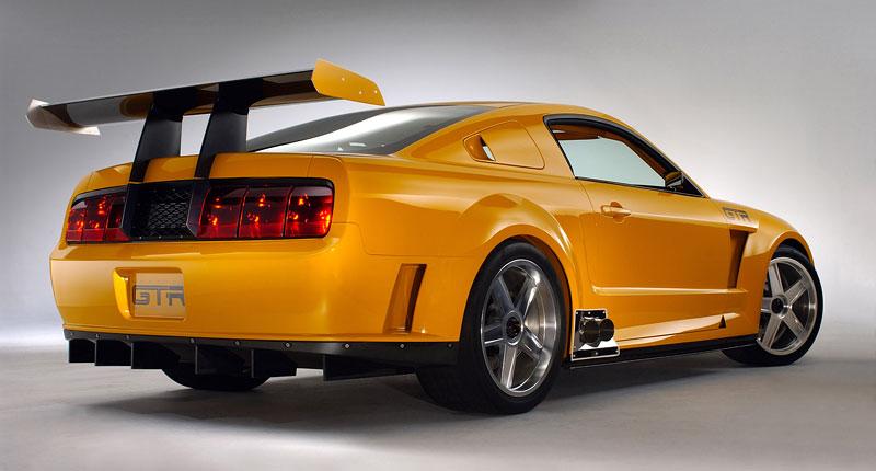Ford prodává koncepty: je libo solitér?: - fotka 13