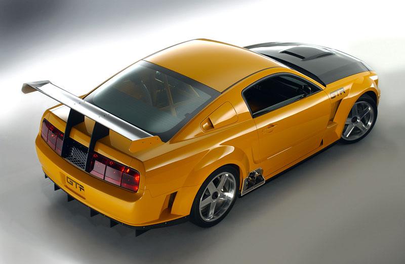Ford prodává koncepty: je libo solitér?: - fotka 14
