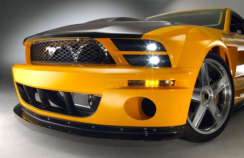 Ford prodává koncepty: je libo solitér?: - fotka 17