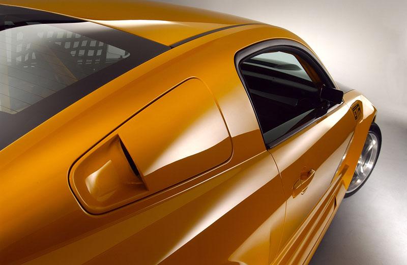 Ford prodává koncepty: je libo solitér?: - fotka 22