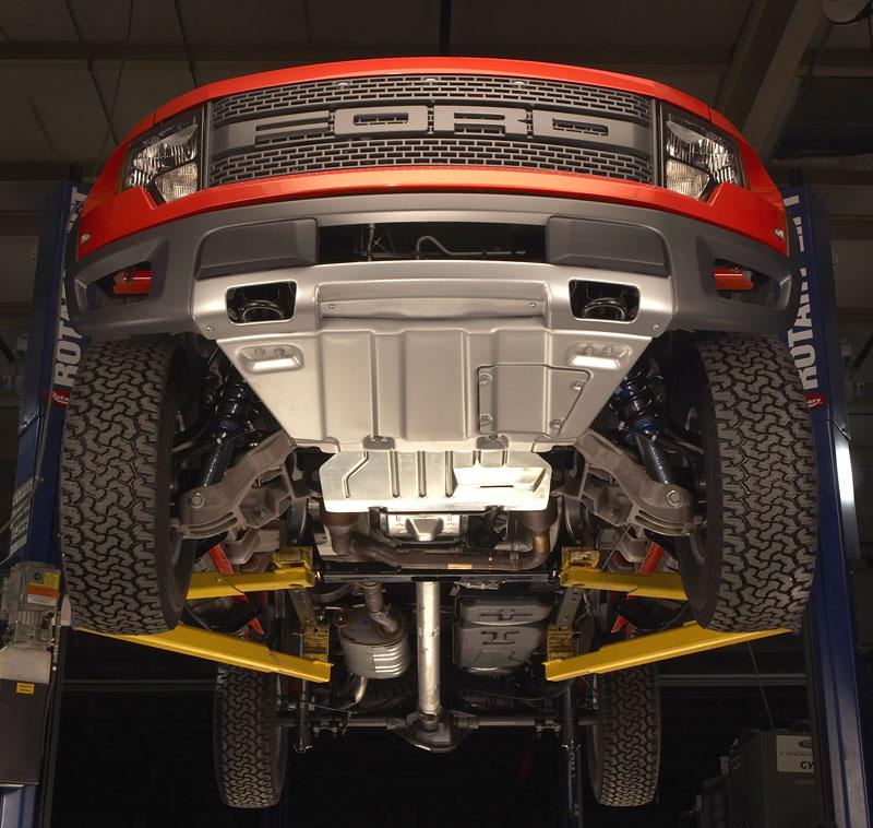 SEMA: Ford F-150 SVT Raptor: - fotka 27