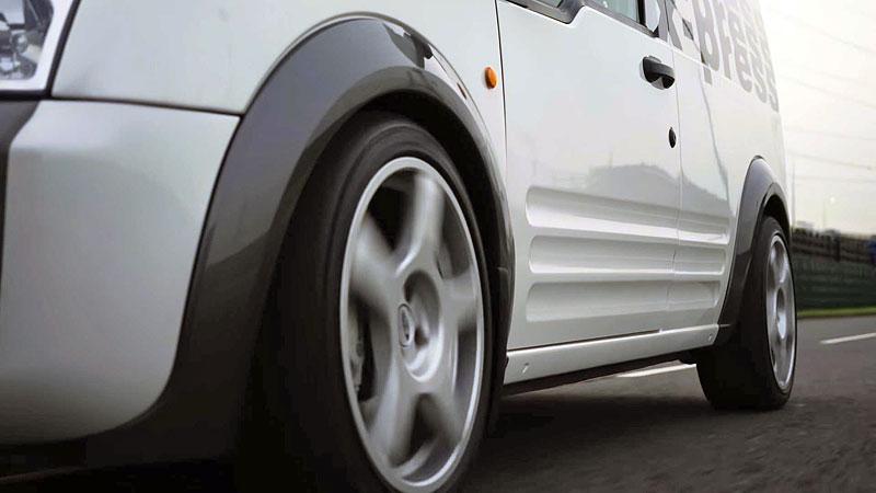 Víte, že existuje Fordy Transit Connect s technikou rychlých Focusů? Na sériovou výrobu to ale nevypadá: - fotka 5