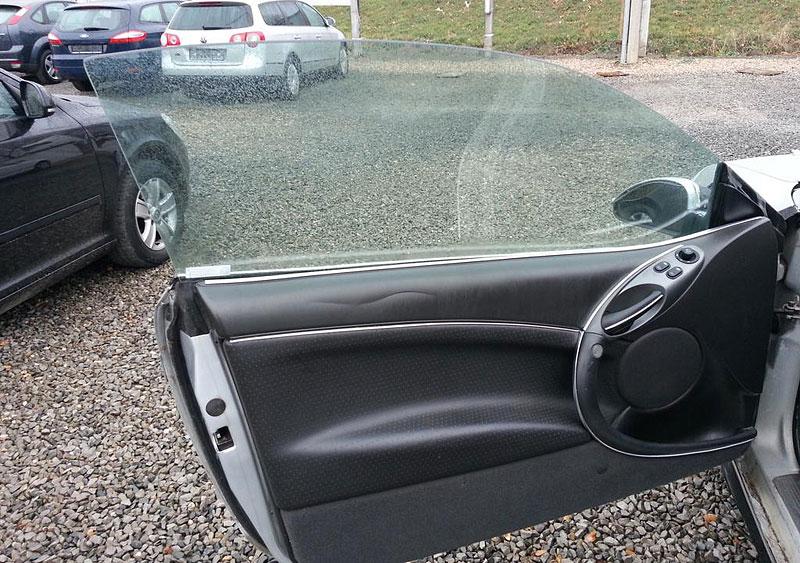 Benzinkový tuning ještě nevymřel. Co říkáte na tento Ford Cougar?: - fotka 9