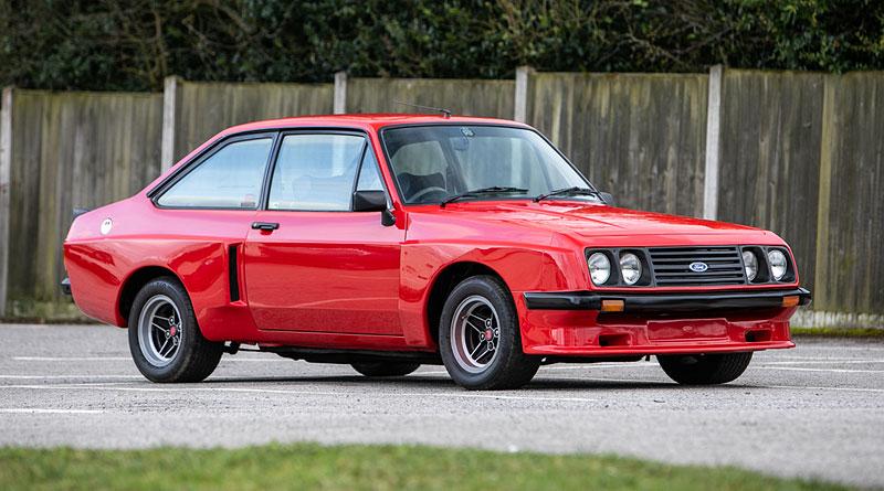Na prodej je úžasný Ford Escort RS2000 X-Pack z roku 1977. Za 30 let nezměnil majitele: - fotka 5