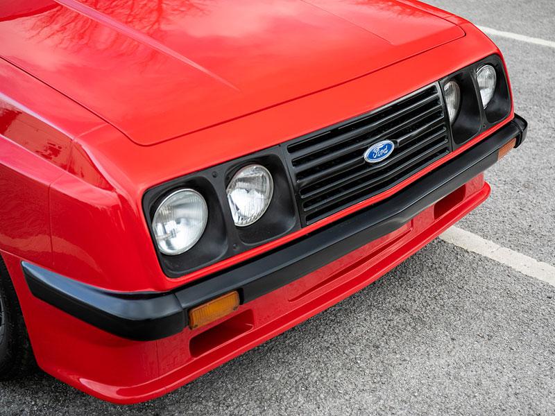 Na prodej je úžasný Ford Escort RS2000 X-Pack z roku 1977. Za 30 let nezměnil majitele: - fotka 13