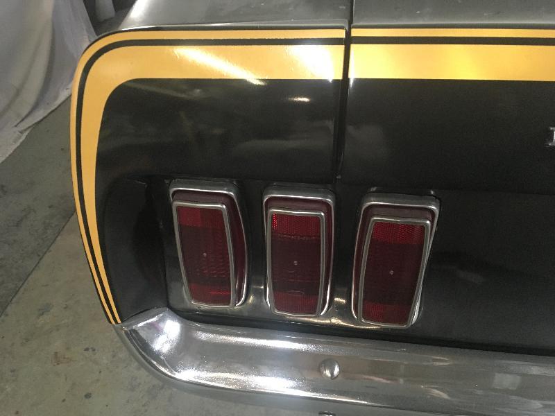 Podívejte se, jak vypadá Mustang, který strávil posledních 38 let v garáži: - fotka 67