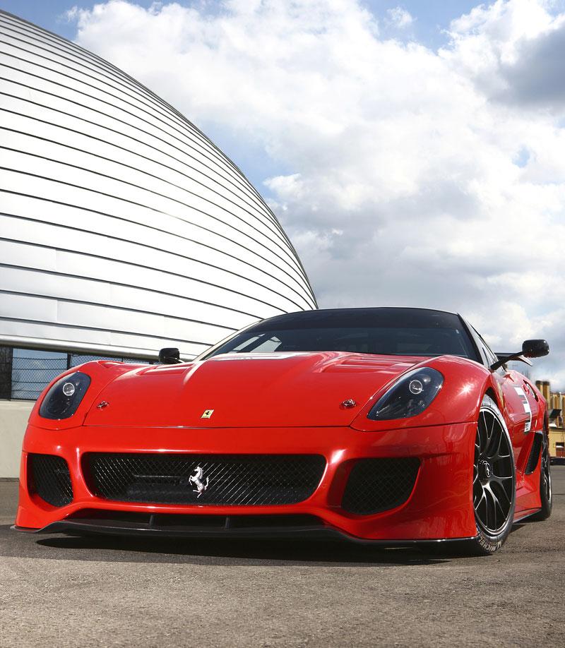 Ferrari 599XX: Massa za volantem (+video): - fotka 41