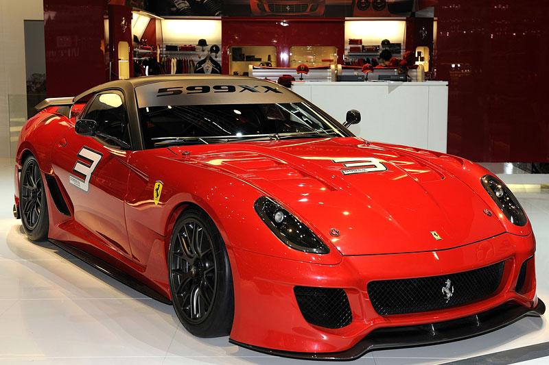 Ferrari 599XX: Massa za volantem (+video): - fotka 42