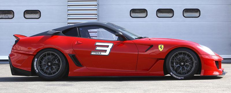 Ferrari 599XX: Massa za volantem (+video): - fotka 45