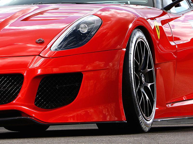 Ferrari 599XX: Massa za volantem (+video): - fotka 53