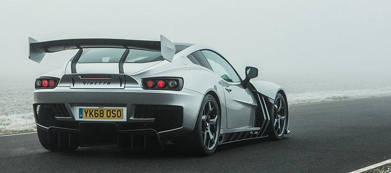 Firma Ginetta představila superauto. Má závodní techniku a bude hodně drahé: - fotka 13