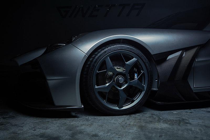 Firma Ginetta představila superauto. Má závodní techniku a bude hodně drahé: - fotka 16