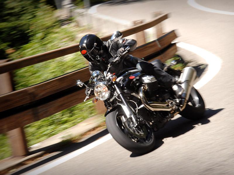 Moto Guzzi Griso 1200 8v: drsný italský naháč: - fotka 3